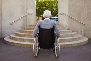 世界一の人口を抱える中国。障がいを抱えながら生きる人も少なくなく、その数は8500万人とも1億人ともいわれる。最近では中国もバリアフリーの普及を心がけているようだが、まだまだ及ばない点が多く、障がい者に優しい社会からは程遠いと言わざるを得ない。(イメージ写真提供:123RF)