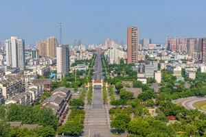 2008年に発生した四川大地震は、マグニチュード8.0の激しい揺れを観測し、死亡・行方不明者は8万人を超えたとの報道もあった。地震大国としての自覚があり、地震に対する知識も備えもある日本とは違って、これほど大きな地震が想定外だった中国では被害も大きかったと思われる。(イメージ写真提供:123RF)