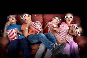 今年の春、中国で「人潮洶湧(ENDGAME)」という映画作品が話題になった。2月の公開から2カ月がたっており、人気により4月14日まで公開が延期になっている。(イメージ写真提供:123RF)