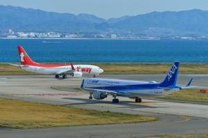 日本には長崎空港や関西国際空港など、海上に建設された空港「海上空港」が複数存在する。大阪観光局によれば、関西国際空港は世界初の「完全人工島からなる海上空港」だ。(イメージ写真提供:123RF)